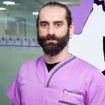 RICARDO RUIZ <br /> Título de Auxiliar de Veterinaria en el año 2013, desde entonces forma parte del equipo de la Clínica Estoril, siendo corresponsable del área de hospitalización.